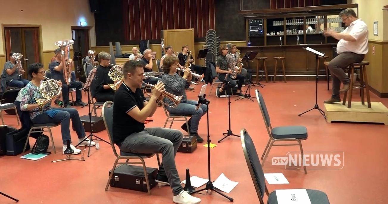 Orkest repeteert weer